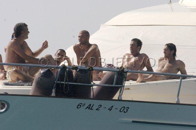 futbolistas desnudos dante escort